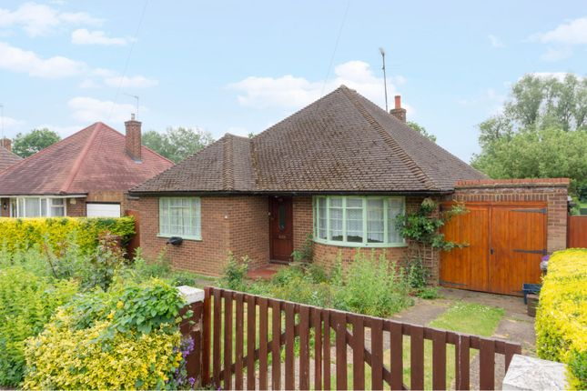 Thumbnail Detached bungalow for sale in Longmead, Letchworth Garden City