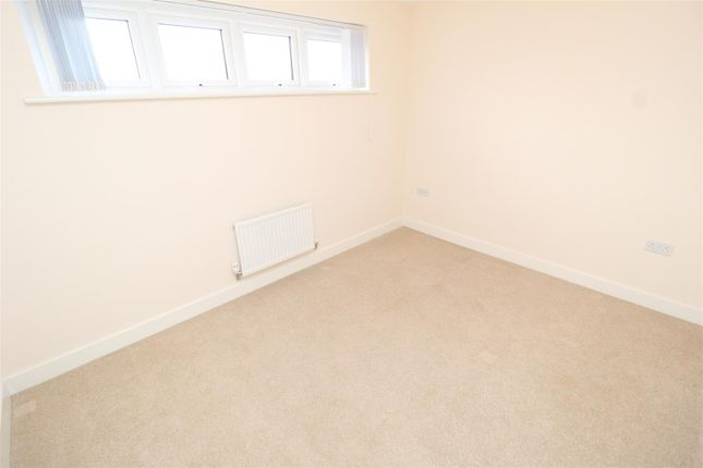 Bedroom 3 of Addington Avenue, Wolverton, Milton Keynes MK12