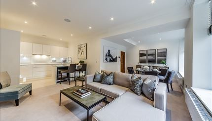 Thumbnail Flat to rent in 20, Palace Wharf Apartments, London
