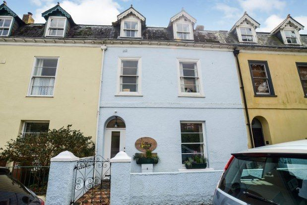 6 bed terraced house to rent in Victoria Road, Dartmouth TQ6