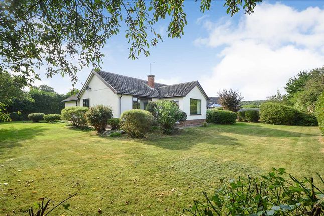 3 bed detached bungalow for sale in The Park, Cotgrave, Nottingham NG12