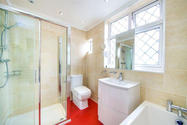 Family Bathroom of Rossdale Drive, Kingsbury NW9