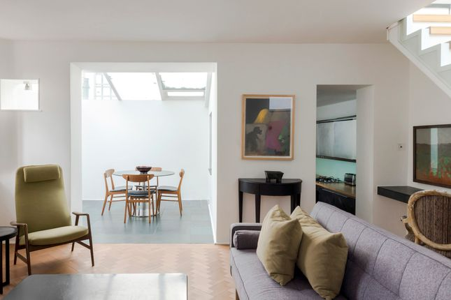 Town house to rent in Carmel Court, Holland Street, London