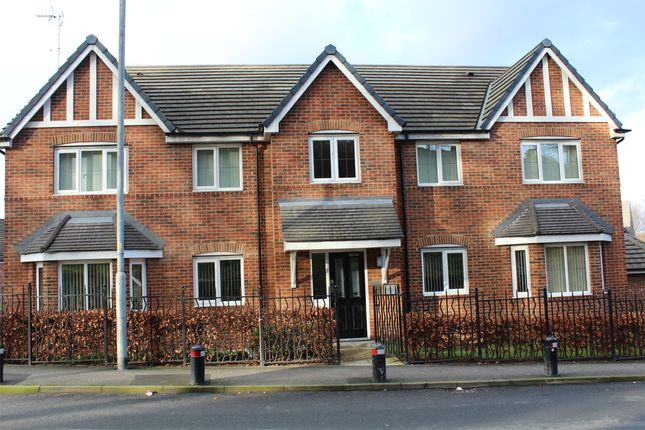 Thumbnail Shared accommodation to rent in Castle Mews, Pontefract