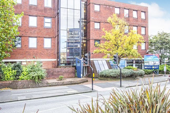 Thumbnail Flat for sale in High Street North, Poole