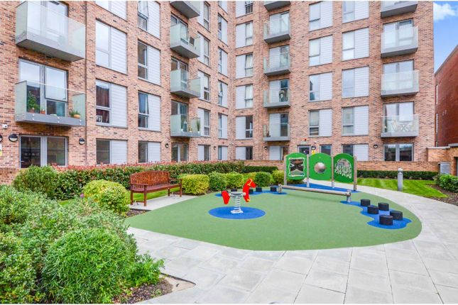 1 bed flat for sale in Brook Road, Borehamwood WD6