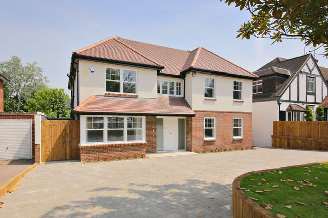 Thumbnail Property for sale in Links Drive, Radlett