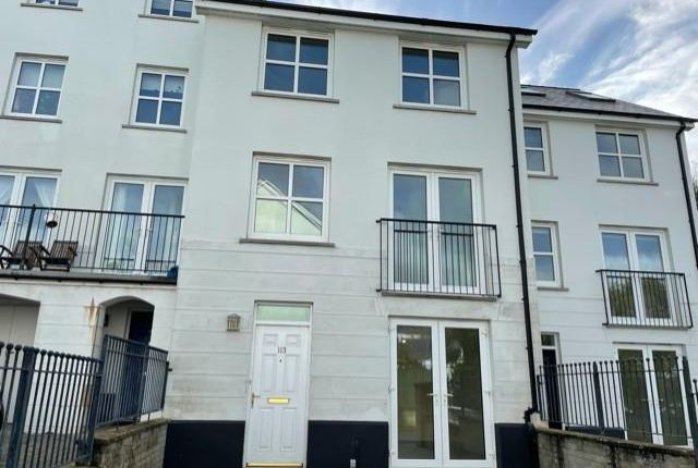 4 bed terraced house to rent in Kensington Gardens, Haverfordwest SA61