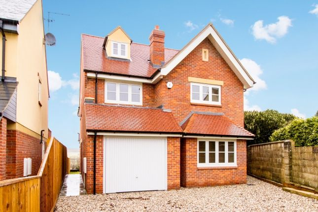 Thumbnail Semi-detached house to rent in Popes Piece, Burford Road, Witney