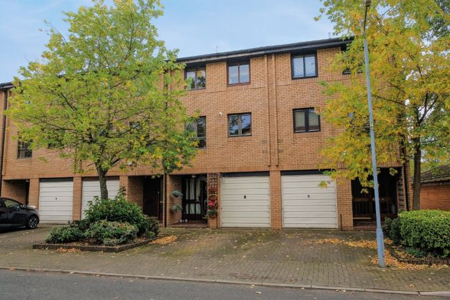 Thumbnail Town house for sale in Mansionhouse Gardens, Langside, Glasgow