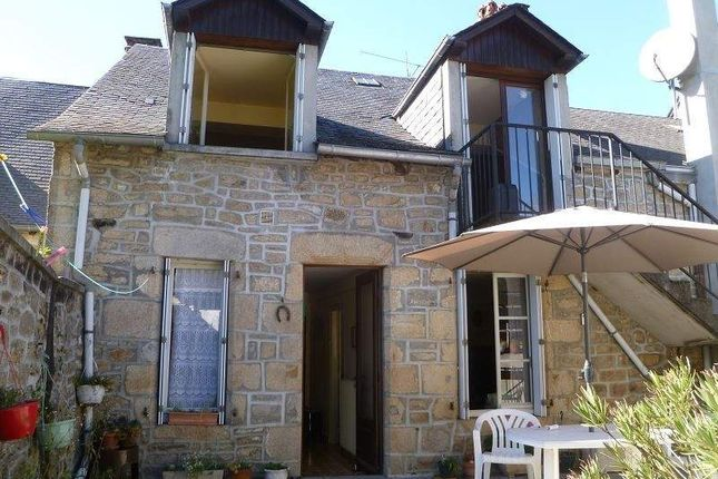 4 bed town house for sale in 19260 Treignac, France