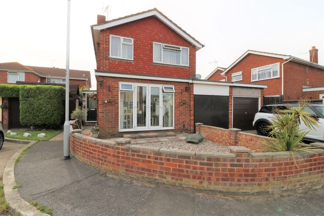 Thumbnail Detached house for sale in Beck Farm Close, Canvey Island