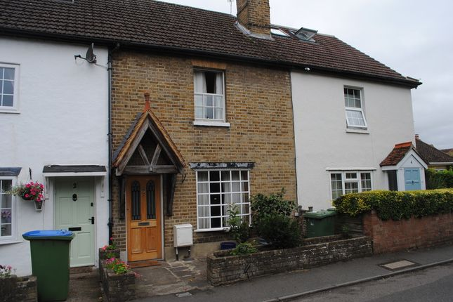 Thumbnail Cottage to rent in St. Peters Road, West Molesey