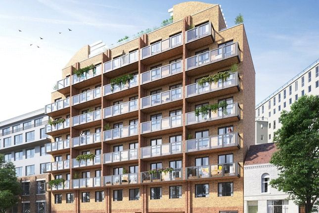 Thumbnail Flat for sale in Midland Road, Luton, Bedfordshire