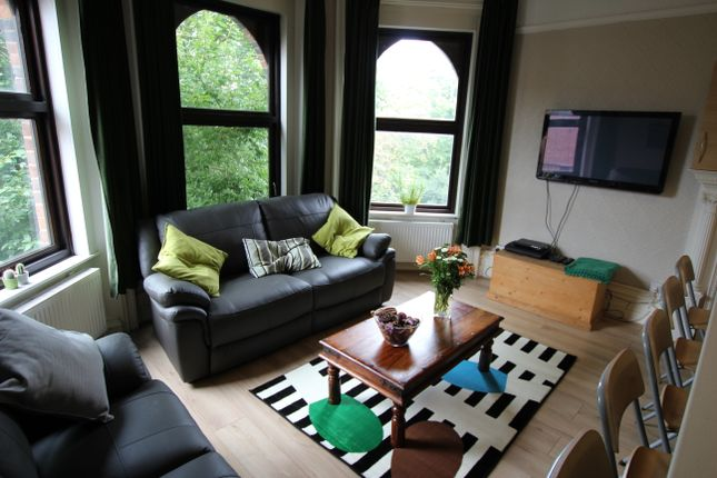 Detached house to rent in Forest Road West, Nottingham