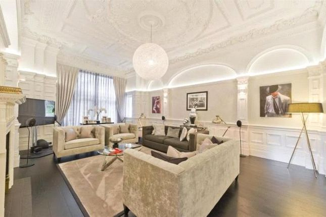 Thumbnail Flat for sale in Arkwright Road, Hampstead, London