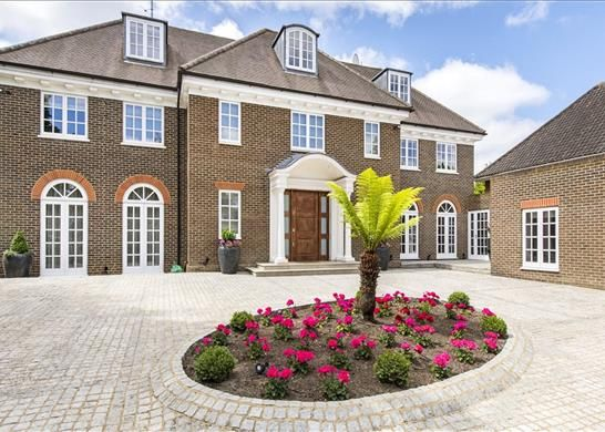 Thumbnail Detached house for sale in Byron Drive, London