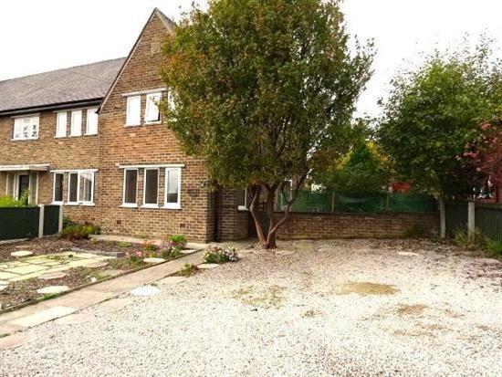Thumbnail Flat to rent in Brockholes Crescent, Poulton-Le-Fylde