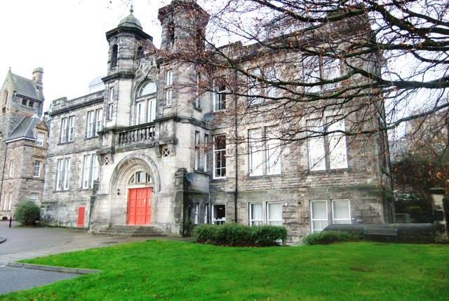 Thumbnail Flat to rent in Skibo Court, Dunfermline, Fife