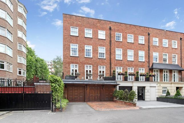 Thumbnail Terraced house for sale in Moncorvo Close, London