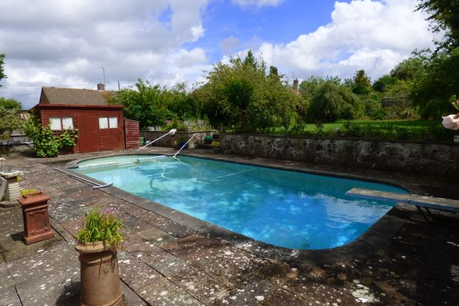 Swimming Pool of Grove Road, Wantage OX12