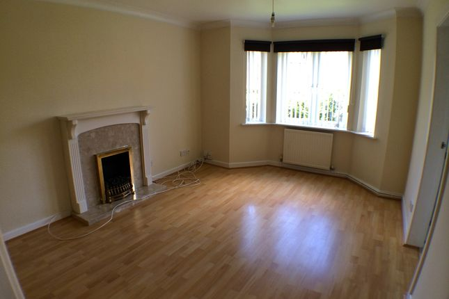2 bed flat to rent in Oxford Road, Waterloo, Liverpool