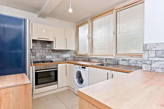 Thumbnail Flat to rent in Russett Way, London