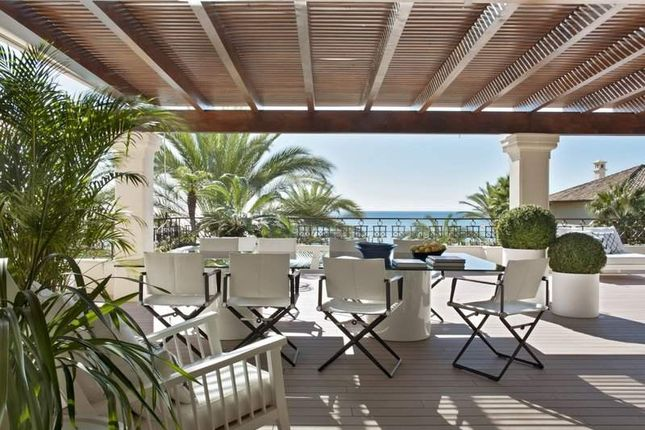 Thumbnail Penthouse for sale in Marbella, Malaga, Spain