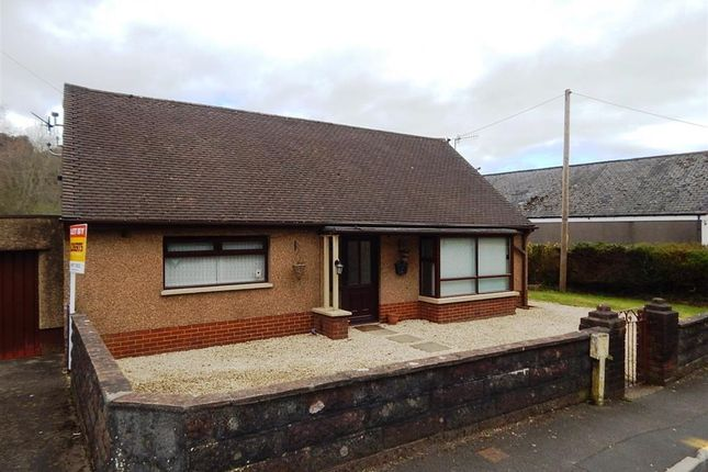 Thumbnail Bungalow to rent in Fountain Road, Pontymoile, Pontypool