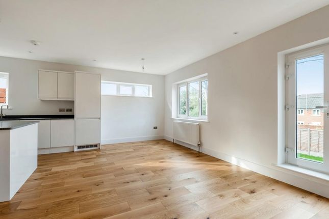 Picture 7 of York Road, Camberley GU15
