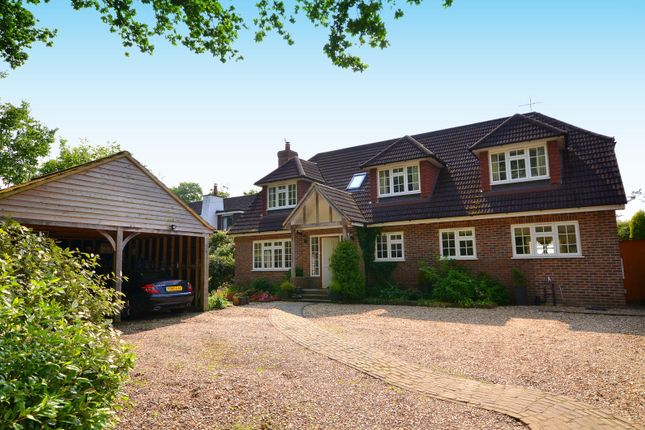 Thumbnail Detached house for sale in Vicarage Hill, Loxwood