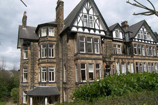 Thumbnail Flat to rent in Clarence Drive, Harrogate