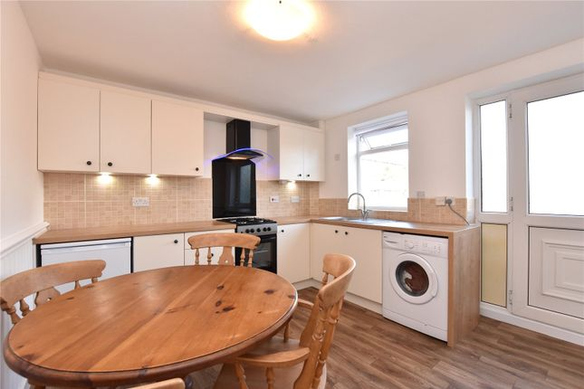 Thumbnail Town house to rent in Highfield Garth, Wortley, Leeds