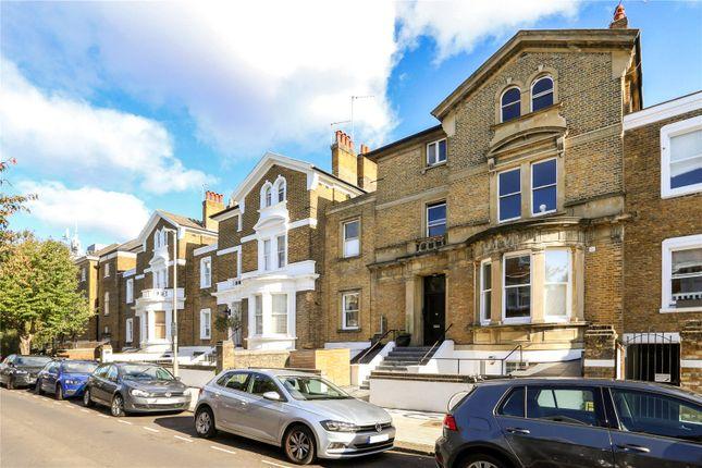 2 bed flat for sale in Altenburg Gardens, London, UK SW11