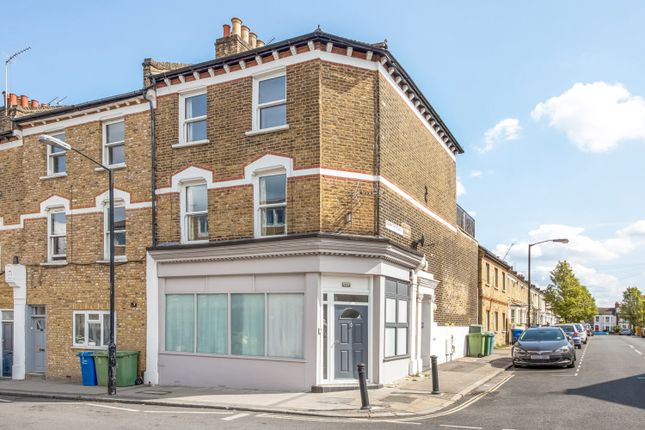 3 bed flat for sale in Vestry Road, Camberwell, London SE5