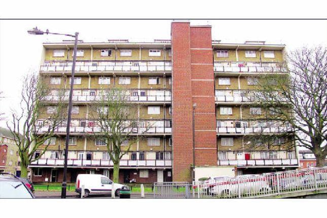 2 bed flat for sale in Joyce Avenue, Edmonton, London