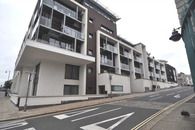 Thumbnail Flat to rent in Evolution Cove, Durnford Street, Stonehouse