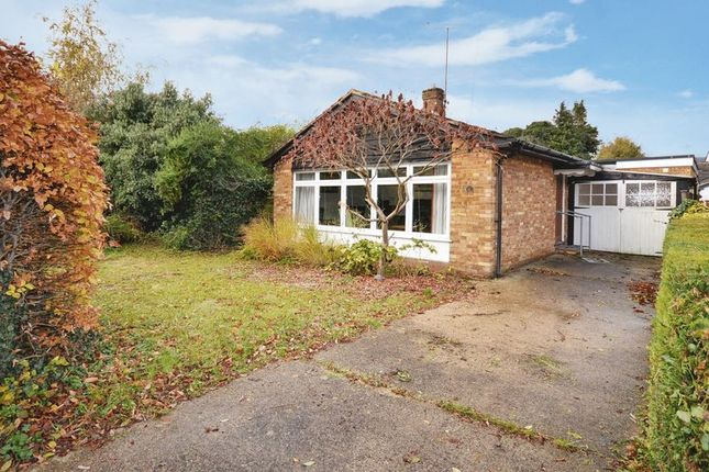 2 bed bungalow for sale in Wharf Road, Wendover, Aylesbury