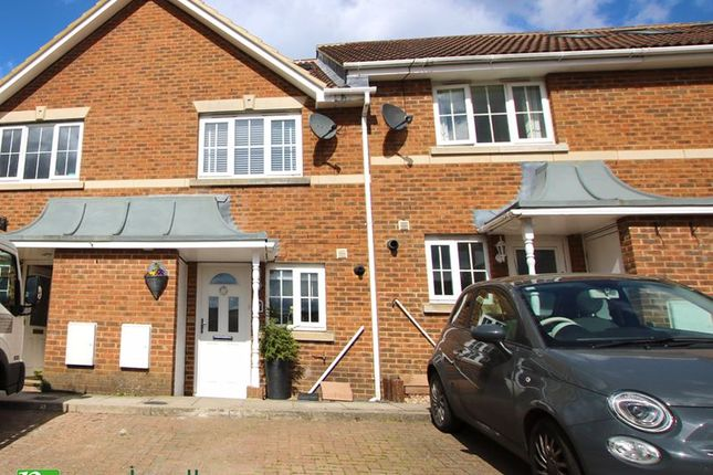 3 bed terraced house for sale in Rogers Close, Cheshunt, Waltham Cross EN7