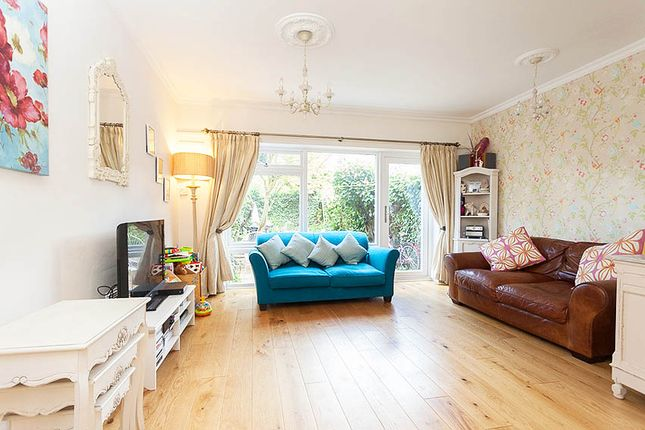 Thumbnail Town house for sale in Cyprus Road, Mapperley Park, Nottingham