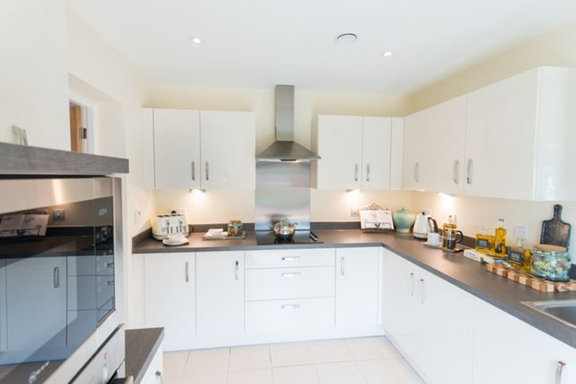 1 bed flat to rent in Ferndale Road, London