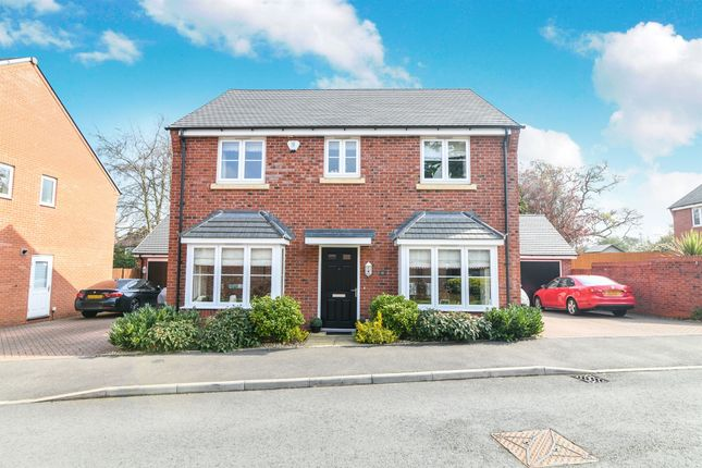 Thumbnail Detached house for sale in Meadow Hill Close, Kidderminster
