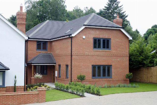 Thumbnail Detached house for sale in Ecton Lane, Sywell, Northampton