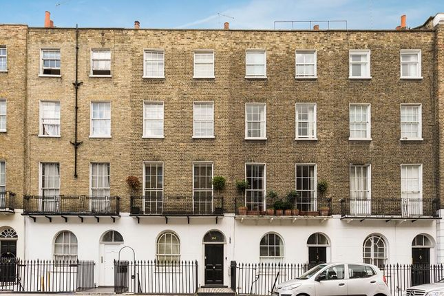 Studio to rent in Gloucester Place, London
