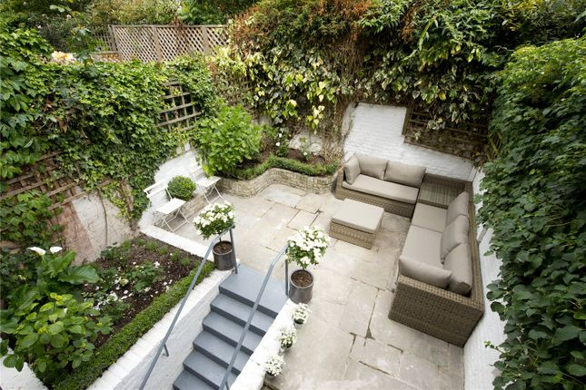 Thumbnail Terraced house for sale in Seymour Walk, London