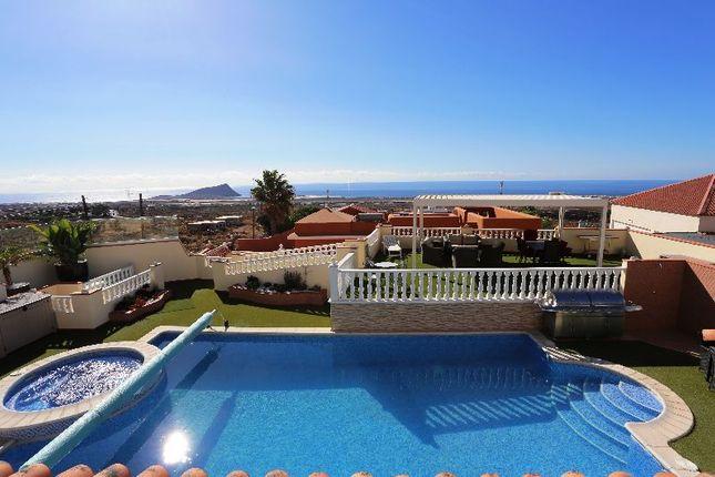 Thumbnail Villa for sale in Atogo, Tenerife, Spain