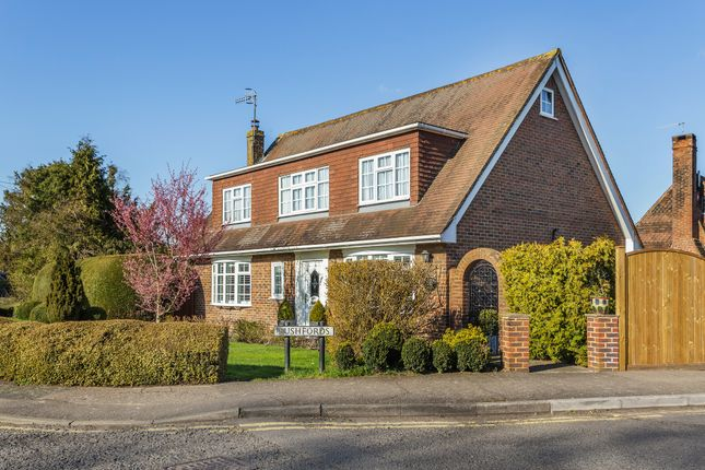 Thumbnail Detached house for sale in Rushfords, Lingfield