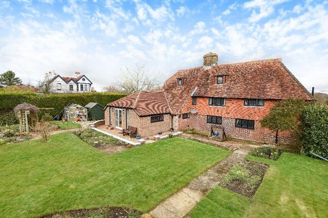 Thumbnail Detached house to rent in Crook Road, Brenchley, Kent
