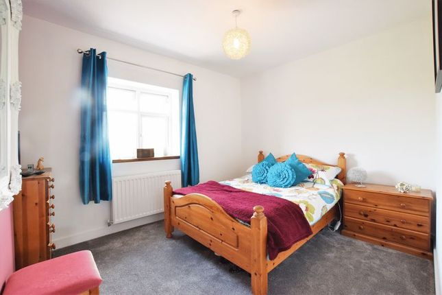 Bedroom of Newmarket Lane, Clay Cross, Chesterfield S45