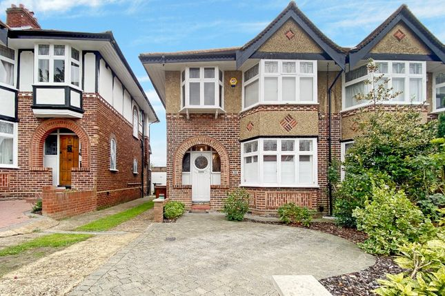 Picture No. 06 of West Towers, Pinner, Middlesex HA5